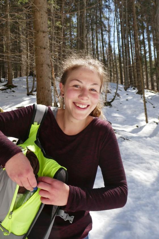 anna im schnee strahlt mit der sonne um die wette