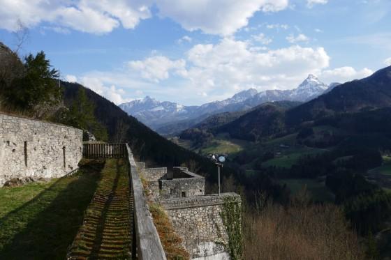 ausblick berge ruine gallenstein