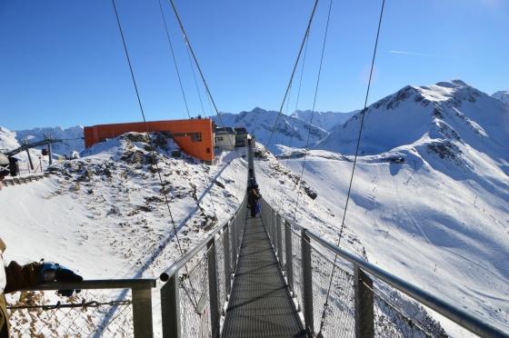 hängebrücke längs