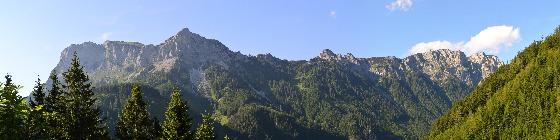 panorama richtung norden von raststätte eisenerz