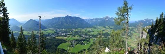 panorama von der neün aussichtsplattform nach bad aussee