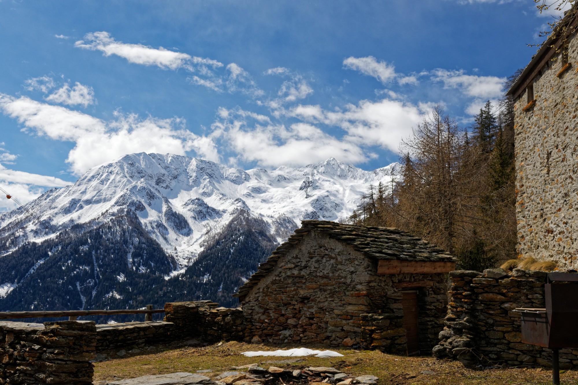 schneebedeckte berge aufstieg lago ritom 2021-05-08