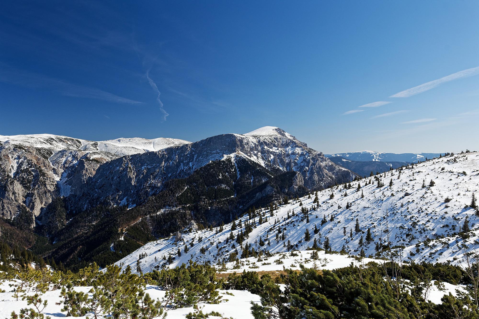schneebedeckte heukuppe und zahmes gamseck 2021-03-11