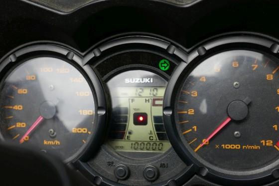 suzuki dl650a 100000km