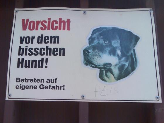 https://potassium.1338.at/upload/pictures/vorsicht_vor_dem_bisschen_hund_21.06.2007_small.jpg